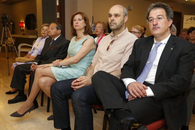 El alcalde del Ayuntamiento de Astorga, Arsenio García, durante los actos organizados por la quinta edición del Premio de Periodismo Maite Almanza